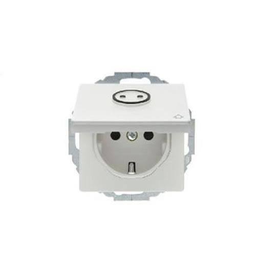 Berker Q.1 stopcontact met randaarde klapdeksel kinderbeveiliging en voelbaar