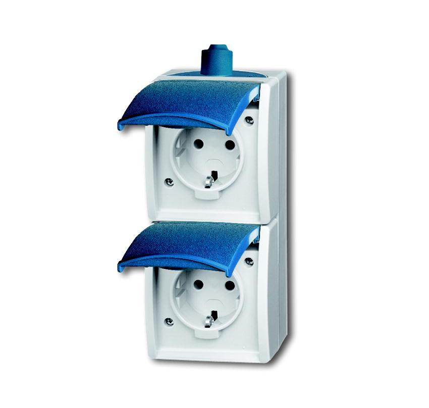 grijs waterdicht stopcontact voor buiten van presto vedder. Black Bedroom Furniture Sets. Home Design Ideas